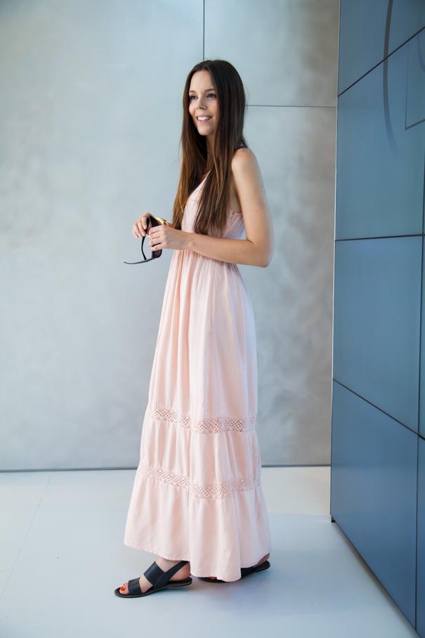 look vestito rosa