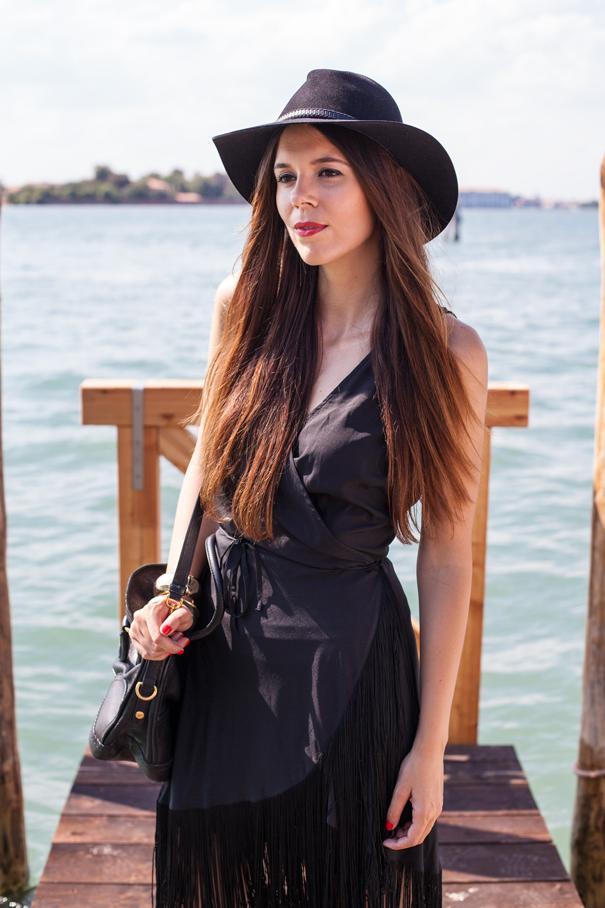 Vestito nero con Frange