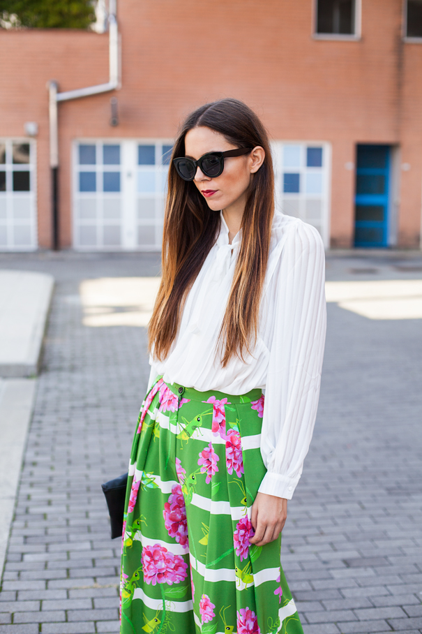 outfit colorful skirt