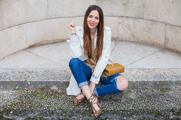 look jeans strappati
