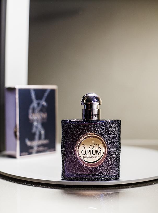 Black Opium Nuit Blanche Yves Saint Laurent YSL (4)