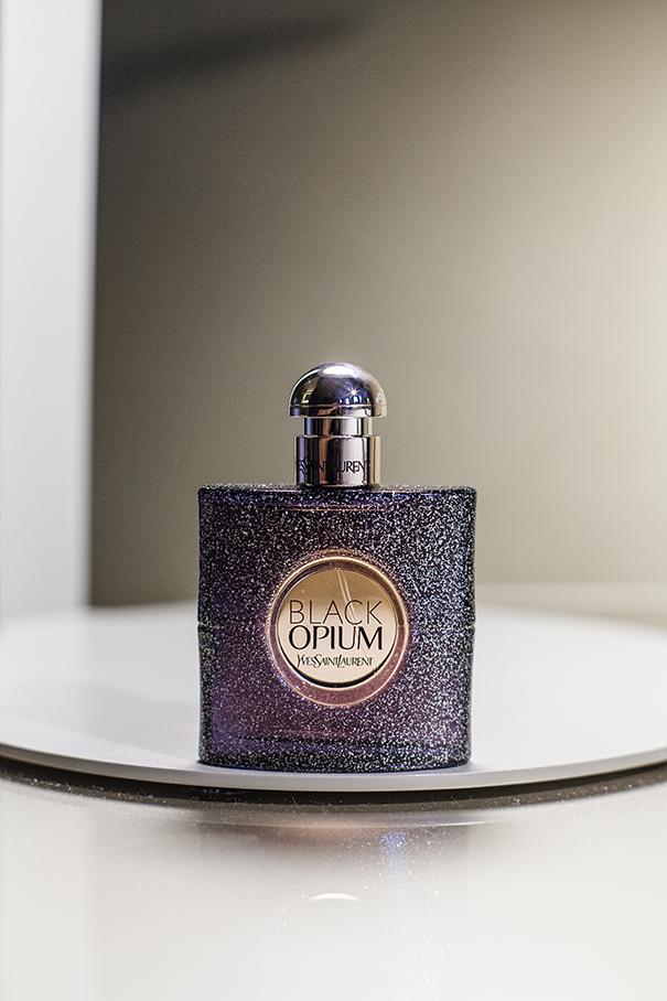 Black Opium Nuit Blanche Yves Saint Laurent YSL
