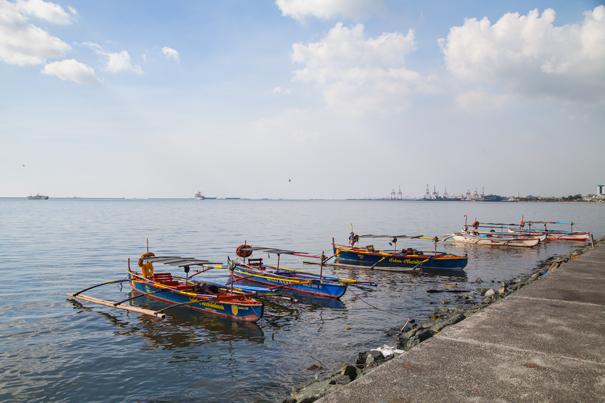 boat manila bay