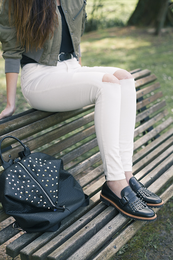jeans bianchi strappati | come indossare jeans bianchi strappati