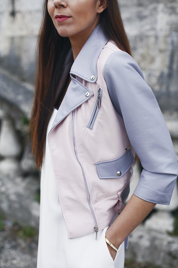 giacca rosa e azzurra
