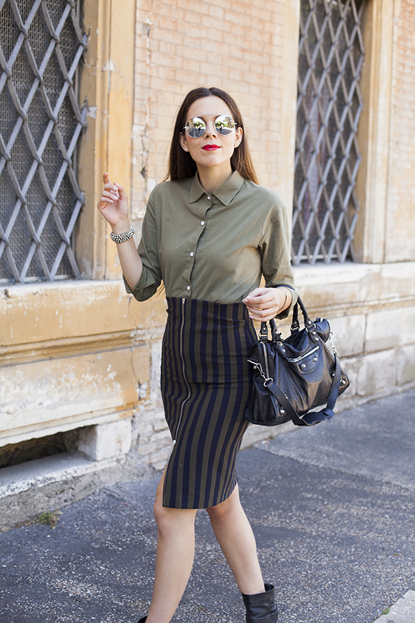 Outfit Verde militare | gonna a righe