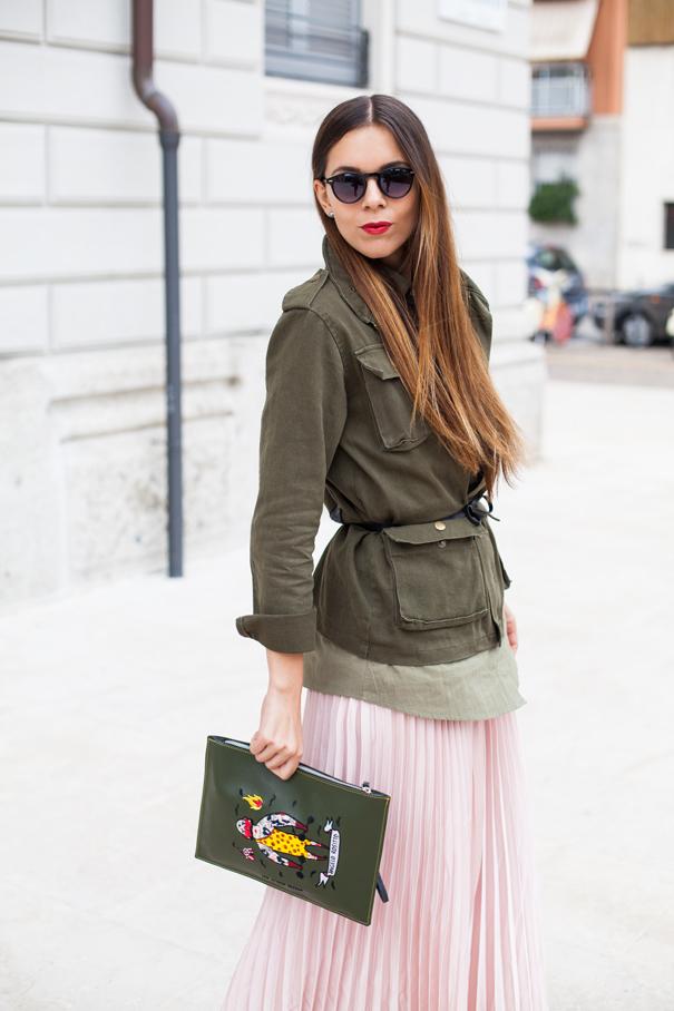 come indossare una giacca verde militare