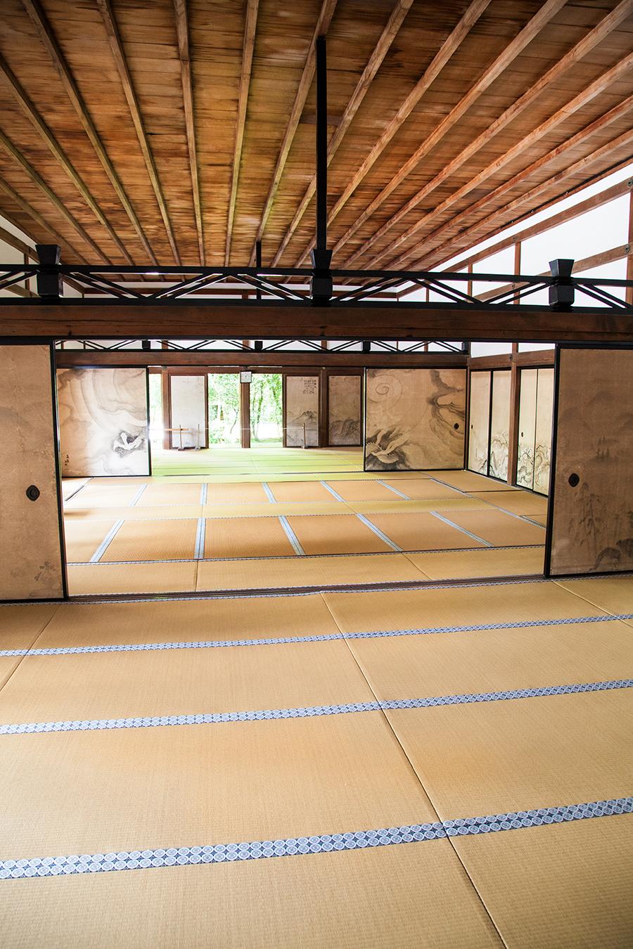 interni edifici kyoto