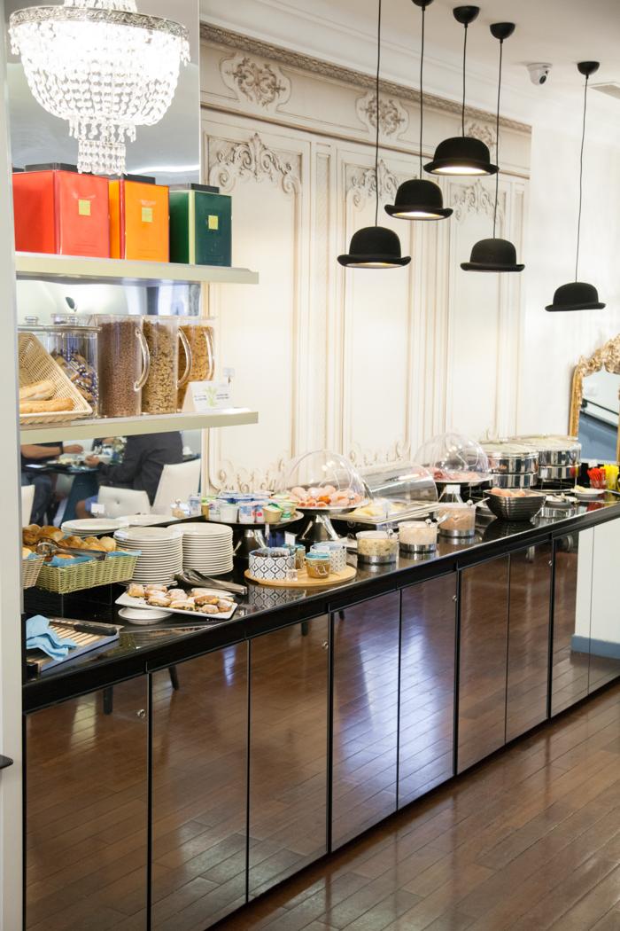 hotel malte open bar
