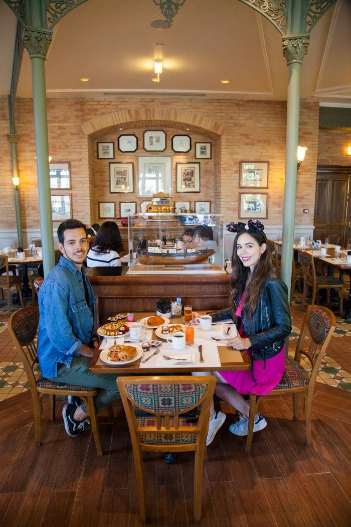 disneyland paris colazione hotel Disney