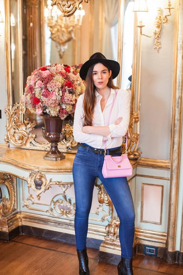 outfit con borsa rosa irene closet