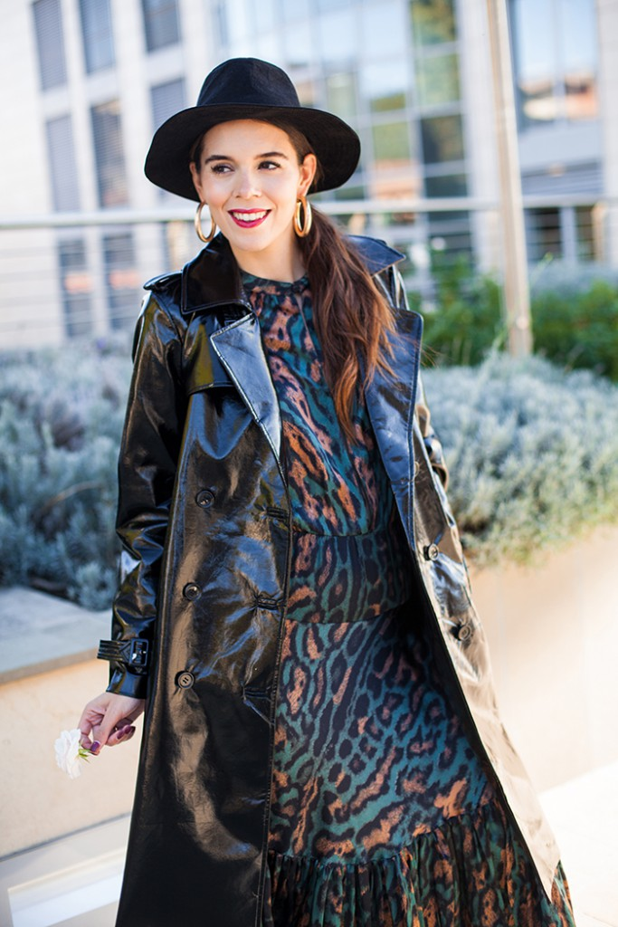 irene colzi outfit trench nero