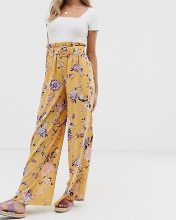 Pantaloni a vita alta fantasia