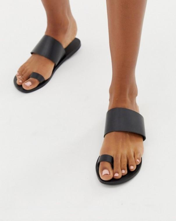 scarpe da spiaggia sandali neri