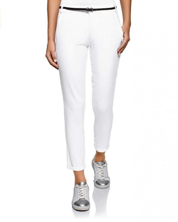 si alla vita bassa pantaloni bianchi