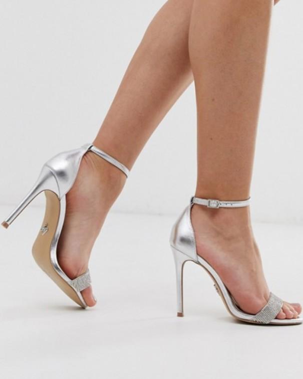 tacchi troppo alti se si soffre di cattiva circolazione sandali argento