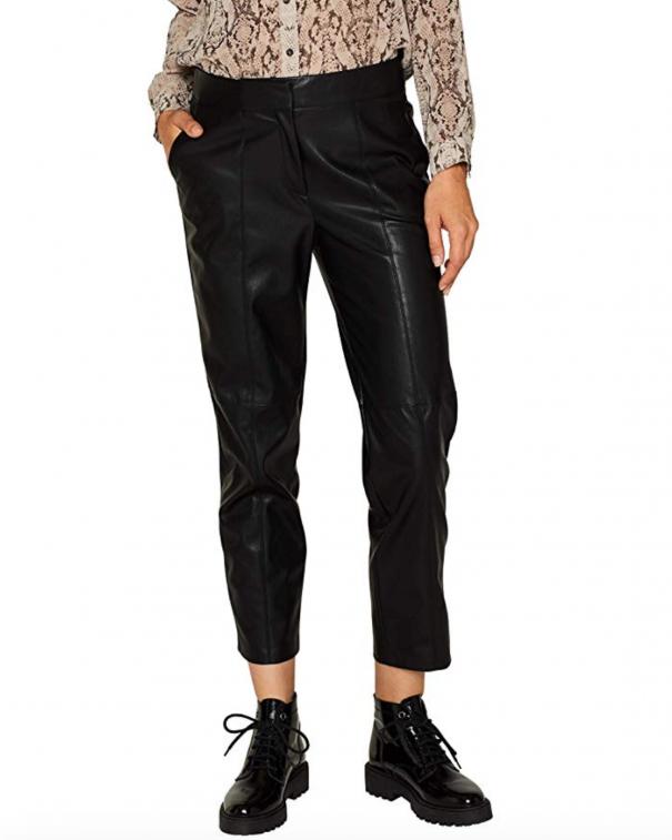 pantaloni di pelle larghi