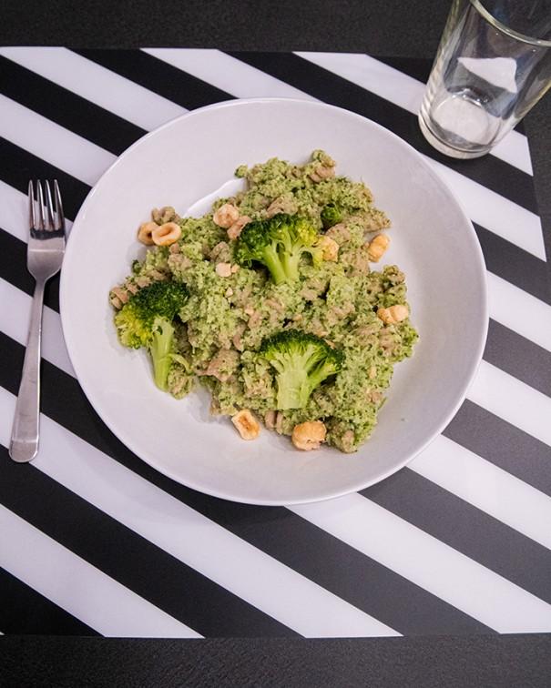 ricetta pesto broccoli nocciole