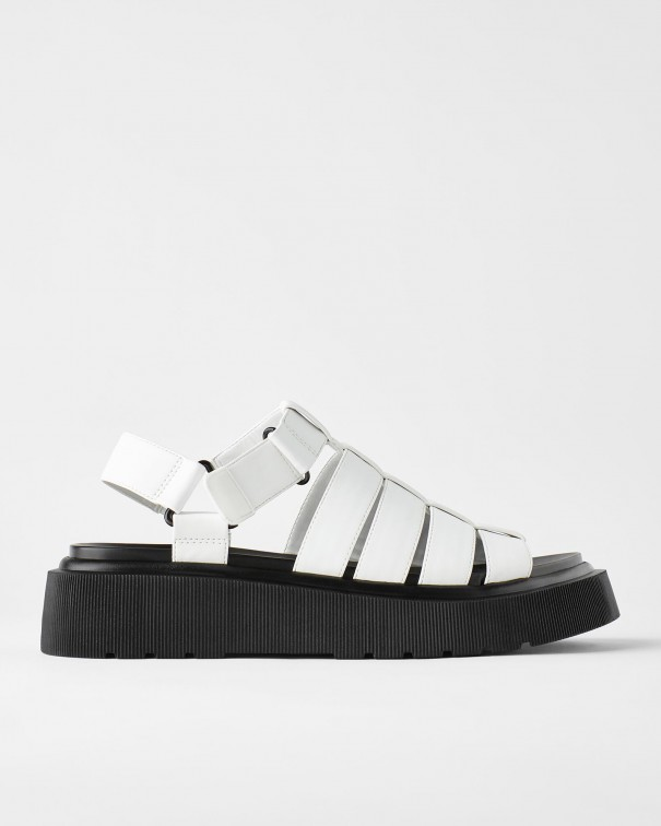 chunky sandals1
