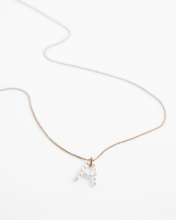 orecchini e accessori con perle bianche2